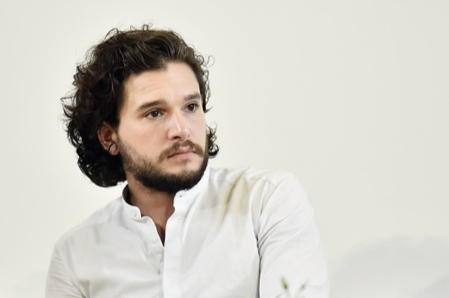 Game of Thrones Star Kit Harington Turns Down George Clooney's Invitation To Become Friends?