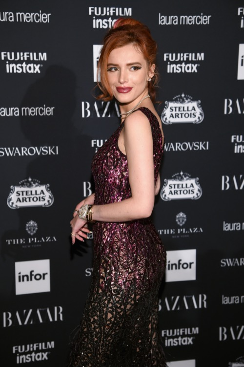 "Bella Thorne Backlash: People Call Her ""Disgusting"" And ""Rotten"" On Social Media"