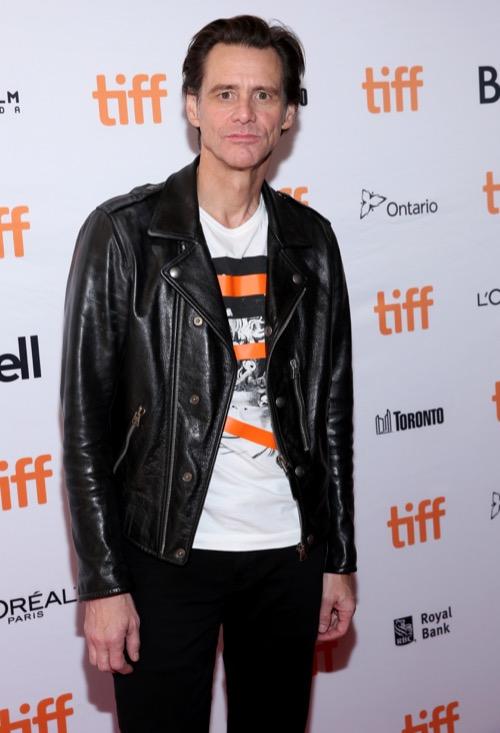 "Jim Carrey Admits ""Psychotic"" Experience Amid Bizarre Appearance At New York Fashion Week"