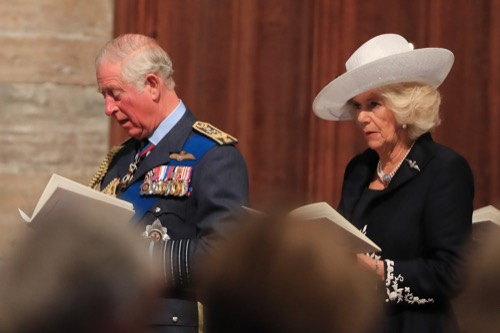 Prince Charles Annoyed: Brian Blessed Caught Flirting With Camilla Parker-Bowles