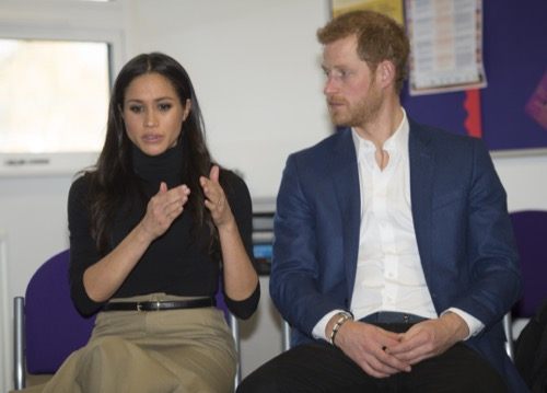 Will Meghan Markle Curtsey To Kate Middleton?