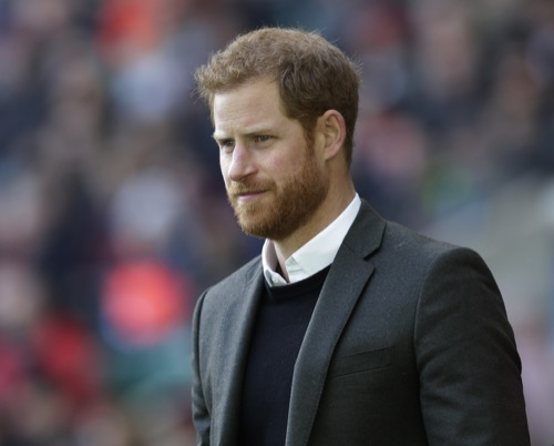 prince harry paternity scandal is welsh guards officer mark dyer harry s real dad celeb dirty laundry https www celebdirtylaundry com 2018 prince harry paternity scandal is welsh guards officer mark dyer harrys real dad