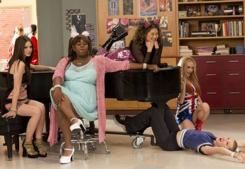 "Glee RECAP 3/21/13: Season 4 Episode 17 ""Guilty Pleasures"""