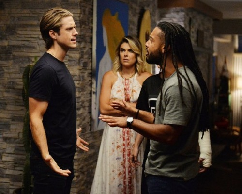 Graceland Season 3 Finale Recap: Sarkissians Shuts Down But Jakes Off the Rails