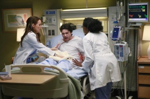 Grey's Anatomy Recap - Relationship Reveal: Season 11 Episode 19 'Crazy Love'