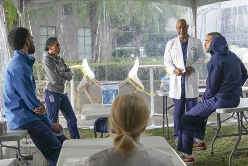 "Grey's Anatomy Recap 04/01/21: Season 17 Episode 10 ""Breathe"""