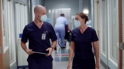 "Grey's Anatomy Premiere Recap 11/12/20: Season 17 Episode 1 ""All Tomorrow's Parties/The Center Won't Hold"""