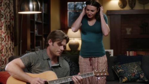 "Grey's Anatomy Recap 12/03/20: Season 17 Episode 4 ""You'll Never Walk Alone"""