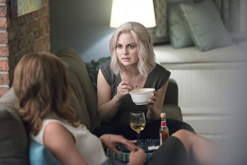 "iZombie Recap 10/27/15: Season 2 Episode 4 ""Even Cowgirls Get the Black and Blues"""