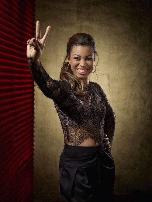 """WATCH India Carney Perform """"Lay Me Down"""" on The Voice Top 6 Video 5/4/15"""