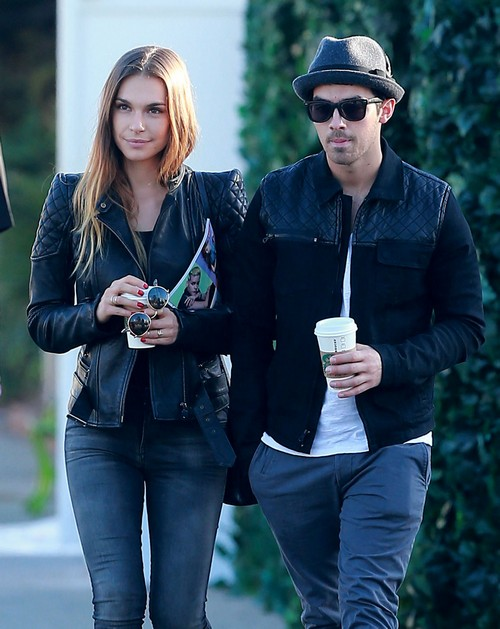 Joe Jonas Ditches Sober Coach in Favor of Romp With Blanda Eggenschwiler: Drugs Winning?