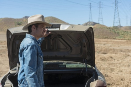 "Justified Premiere Recap - Crowes in the Crosshairs: Season 6 Episode 1 ""Fates Right Hand"""