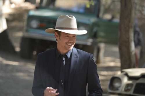 "Justified Recap - New Bad Dudes in Town Season 6 Episode 2 ""Cash Game"""