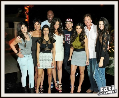 "Keeping Up With the Kardashians Recap 10/6/13: Season 8 Episode 16 ""More To The Story"""