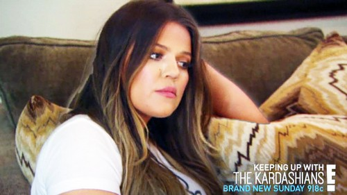"Keeping Up With The Kardashians Live Recap: Kris Jenner Smokes Weed, Scott Disick Gets Drunk - Season 9 Episode 17 ""Design for Disaster"""