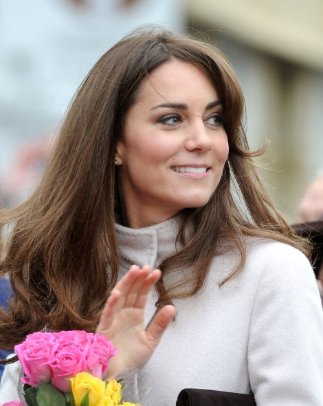 Is The Haircut A Distraction? More Signs Kate Middleton's Pregnant (Photos) 1130