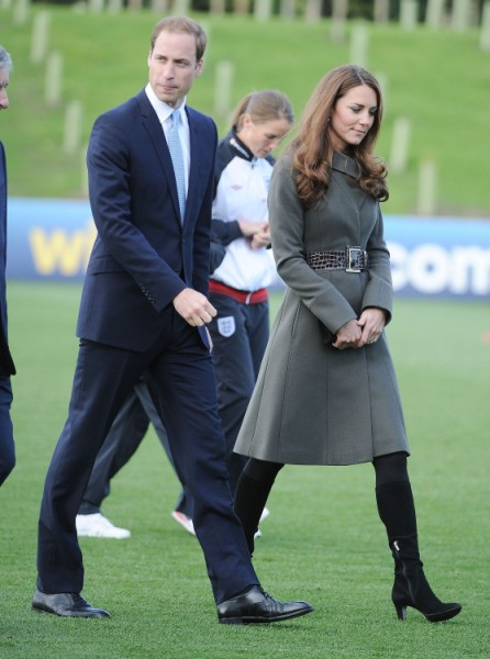 Prince William And Kate Middleton In Danger? Gun Fired Outside Home Last Night! 1102
