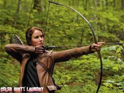 New Hunger Games Clip – Katniss In The Training Center! (Video)