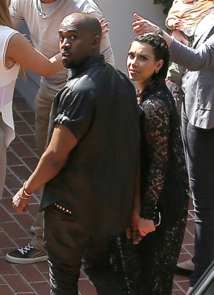 Kim Kardashian Encouraging Kanye West To Freak Out On Paparazzi - Smart Or Risky? 0514