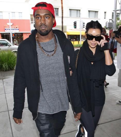 Kim Kardashian Vs. Kate Middleton - Who Will Be More Fashionable Pregnant? 1231