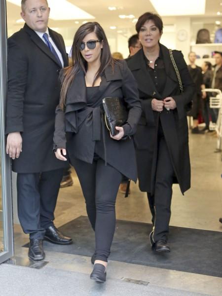 Kim Kardashian Birth Complications Has Kris Jenner Terrified 0602