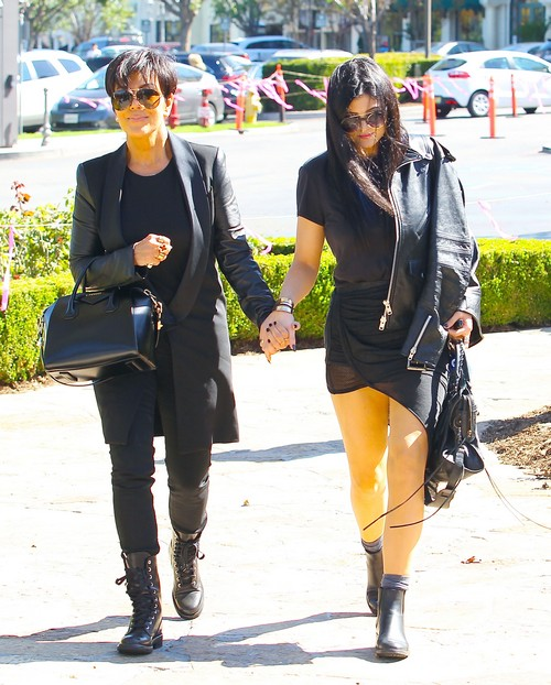 Kris Jenner Wants a Sexy Guy But Settles For Sushi With Kylie Jenner (PHOTOS)