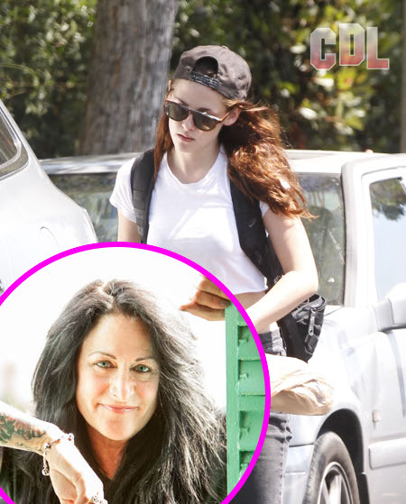 Kristen Stewart's Mother Files for Divorce!