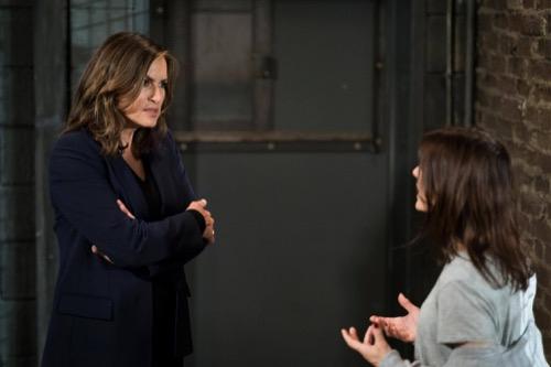 "Law & Order SVU Recap 11/29/17: Season 19 Episode 7 ""Something Happened"""
