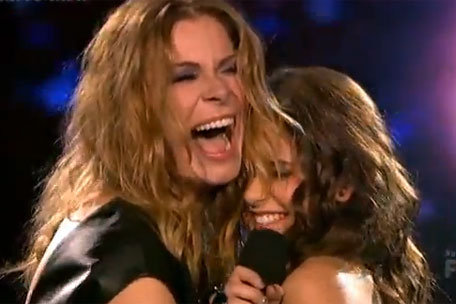 "LeAnn Rimes Says She Was Not Drunk During ""X Factor"" Duet with Carly Rose Sonenclar!"