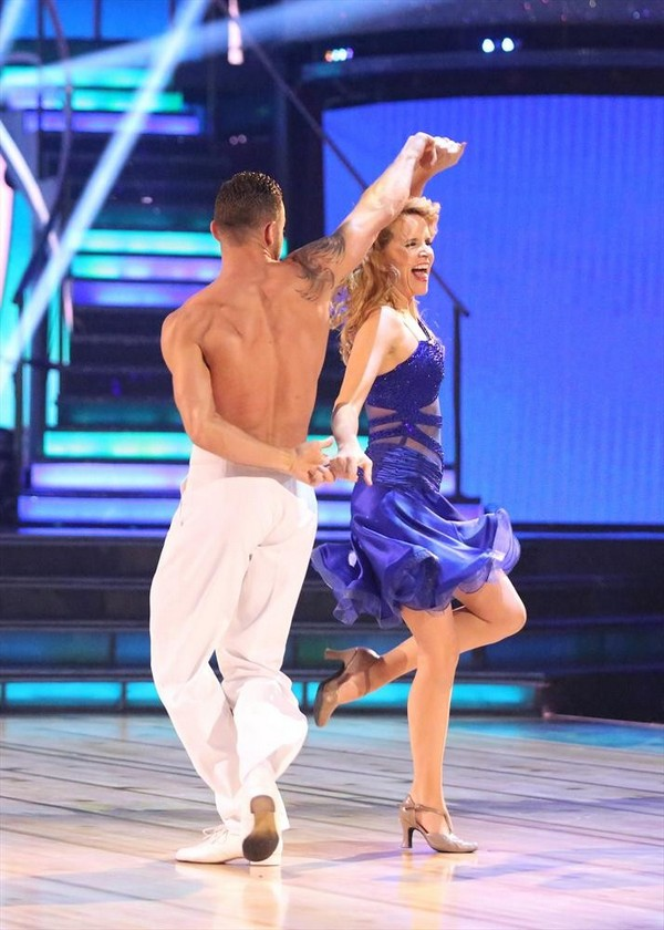 Lea Thompson & Artem Chigvintsev Dancing With the Stars Argentine Tango Video Season 19 Week 7 #DWTS