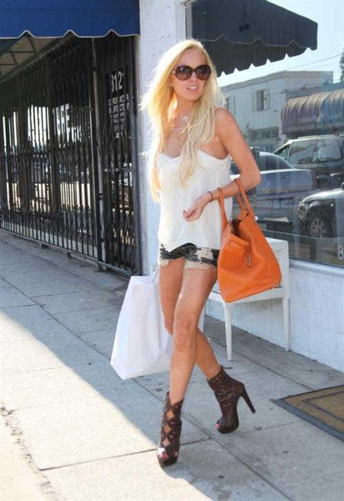 Shopping Spree For Lindsay Lohan