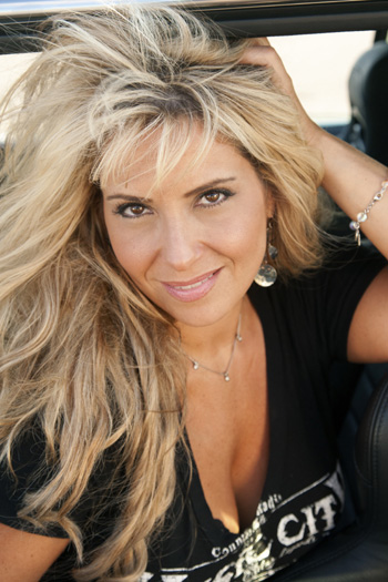 Country Music Star Lisa Matassa Meets with Top Country Music