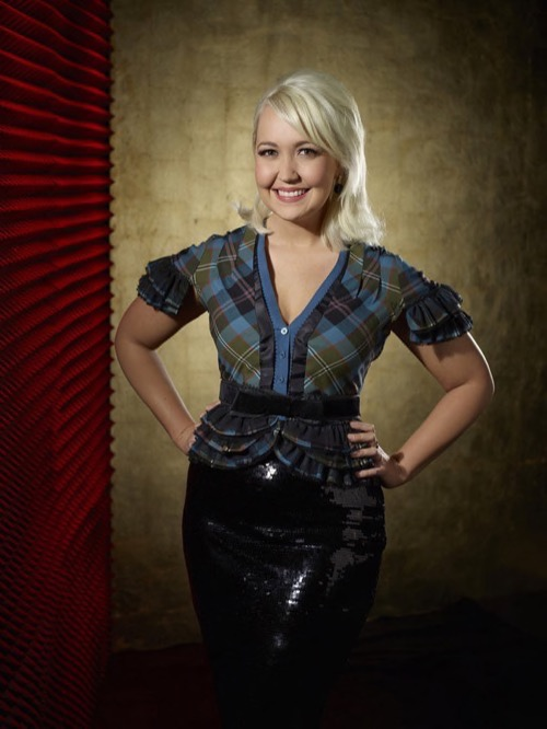 """WATCH Meghan Linsey Perform """"Amazing Grace"""" on The Voice Top 6 Video 5/4/15"""