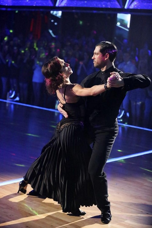 Meryl Davis Dancing With the Stars Salsa Video 4/28/14 #DWTS