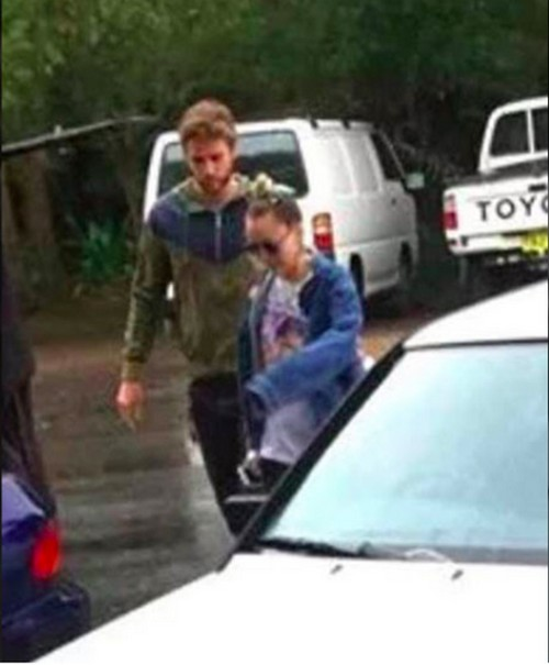 Miley Cyrus and Liam Hemsworth Australian Holiday: Couple Back Together - Engagement On Again?