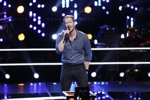 """WATCH Barrett Baber Perform """"Ghost"""" on The Voice Top 9 Semifinals Video 12/7/15"""