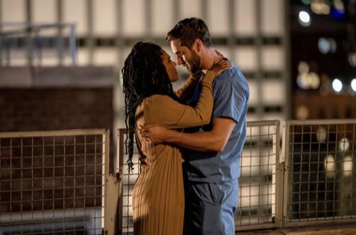 "New Amsterdam Premiere Recap 09/21/21: Season 4 Episode 1 ""More Joy"""