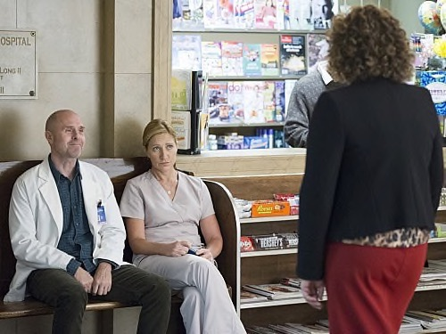 "Nurse Jackie Recap - The Incredible Invisible Nurse: Season 7 Episode 3 ""Godfathering"""