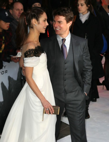 Tom Cruise Buying Olga Kurylenko's Love, Trying To Steal Her Away From Boyfriend 0415