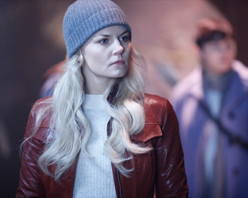 """Once Upon a Time Recap - Killian Loses His Hook: Season 5 Episode 13 """"Labor of Love"""""""