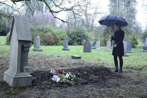 """Once Upon a Time LIVE Recap - Hades Dead - Hook Alive: Season 5 Episode 21 """"Last Rites"""""""
