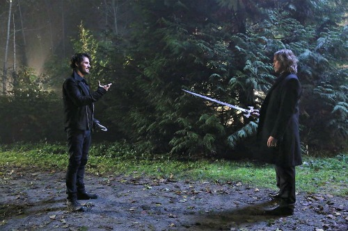 """Once Upon a Time Winter Finale Recap - Gold Is Back and Bad to the Bone: Season 5 Episode 11 """"Swan Song"""""""