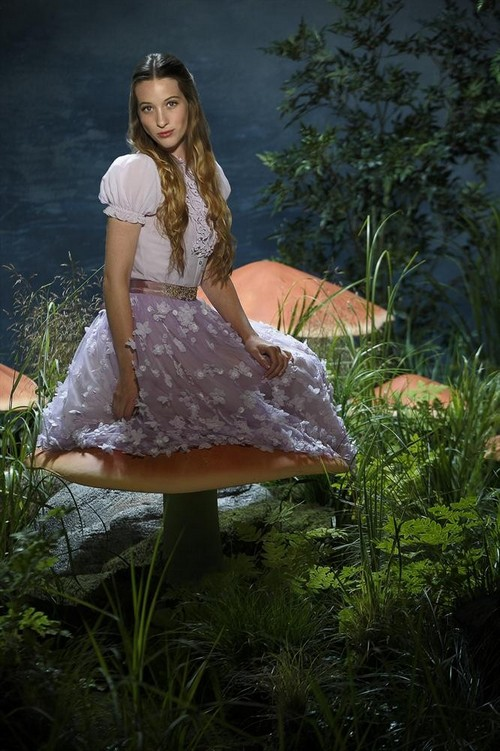 """Once Upon a Time in Wonderland RECAP 11/14/13: Season 1 Episode 5 """"Heart of Stone"""""""