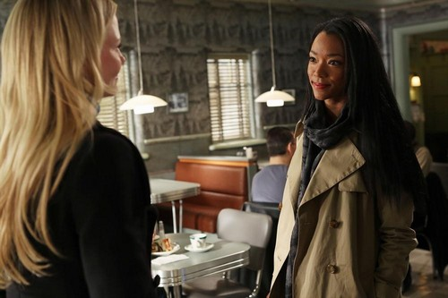 "Once Upon a Time RECAP 4/28/13: Season 2 Episode 20 ""The Evil Queen"""