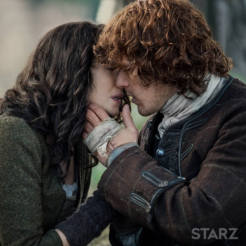 Outlander Season 3 Spoilers: Sam Heughan, Caitriona Balfe Together, Jamie and Claire Reunite – Pic Of New Set