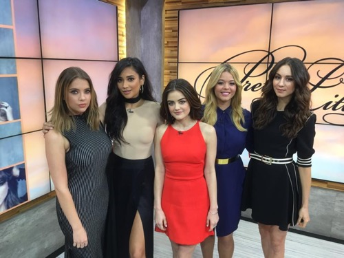 """Pretty Little Liars Recap 1/12/16: Season 6 Episode 11 Winter Premiere """"Of Late I Think of Rosewood"""""""