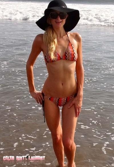 'That's Hot' Paris Hilton Smoulders in her Bikini on Her Hawaiian Vacation (Photos)
