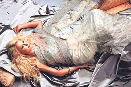 Paris Hilton Looks Like A Princess In A Swarovski Sari