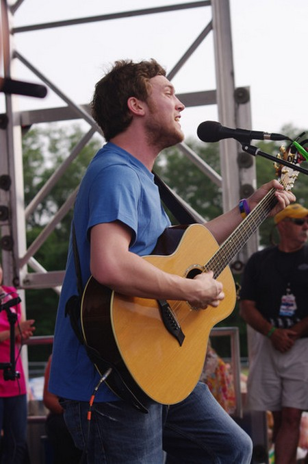 Phillip Phillips American Idol 2012 'SONG 2' Video 5/16/12