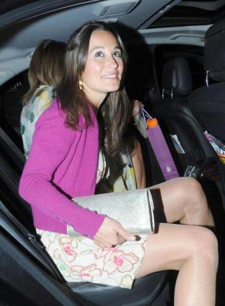 Kate Middleton's Mom Hates Pippa Middleton's Boyfriend, Wants Her To Be More Like Kate 0227